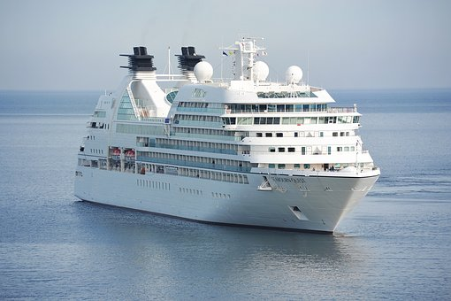 """How to not gain weight during travel. Part one """"The Cruise"""""""